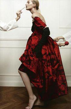 Dior supplement. Vogue US By Patrick Demarchelier.
