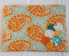 Digging the tangerine/light turquoise!