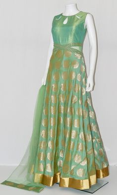 20 Latest Salwar Kameez Collection 2018 from Indian Bollywood Celebrity - Her Crochet Silk Anarkali Suits, Lehenga Gown, Sari Dress, Anarkali Dress, Salwar Designs, Blouse Designs, Dress Designs, Indian Gowns Dresses, Indian Outfits