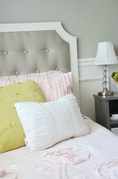 pretty DIY Tufted headboard