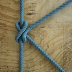 """K for knot! """"When you reach the end of your rope tie a knot in it and hang on"""" // Rope Tying, 36 Days Of Type, Typography, Lettering, Decor Crafts, 3 D, Knots, Adobe Photoshop, Graphic Design"""