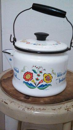 Vintage Berggren Tea Kettle by CollectorsAgency on Etsy, $17.95