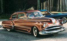 Pekka Wizzzard Mannermaa's 1949 Pontiac Streamliner featured a scallop paint job by Pekka.
