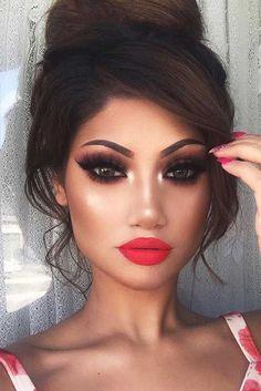 + Hottest Smokey Eye Makeup Ideas 2017 ★ See more: http://glaminati.com/sexy-smokey-eye-makeup/