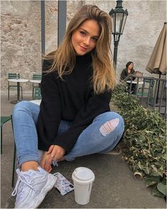 Inspirational Edgy Outfit You Will Love – Trendy Fashion Ideas Source by giovannafashionmode fashion idea Model Poses Photography, Teenage Girl Photography, Grunge Photography, Urban Photography, Beauty Photography, White Photography, Newborn Photography, Cute Instagram Pictures, Cute Poses For Pictures