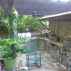 Outdoor Kitchen, Deck