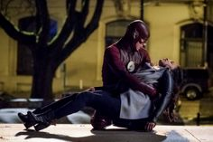 Grant Gustin and Candice Patton as Barry Allen and Iris West in The Flash season three finale, Finish Line.