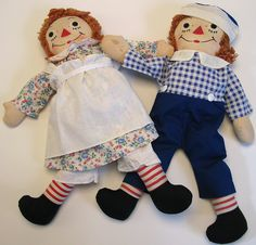 Vintage Raggedy Ann and Andy 1950's rag dolls.. $75.00, via Etsy. I still have ny Annie<3