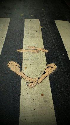 Amazing Street Art – 32 Pics