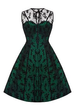 LOVE the emerald lace dress!