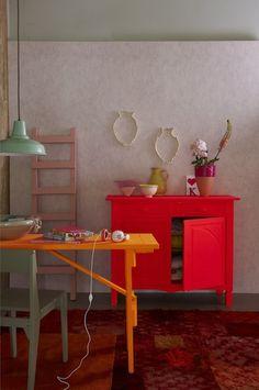 dans une autre vie, je peindrai tout un meuble en fluo comme ça…