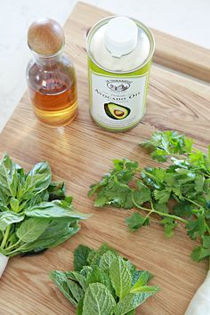 IHeart Organizing: Quick Tip Tuesday: Freezing Herbs Kitchen Hacks, Frozen, Cooking Recipes, Herbs, Tuesday, Organizing, Health, Diy Products, Declutter