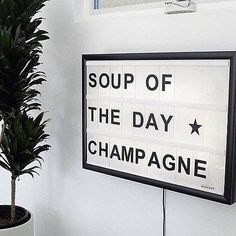 Unser Motto am Samstag! Caravan Bar, Photo Instagram, Instagram Posts, Entrepreneur Inspiration, Party Cups, Sarcastic Quotes, French Connection, Best Part Of Me, Champagne