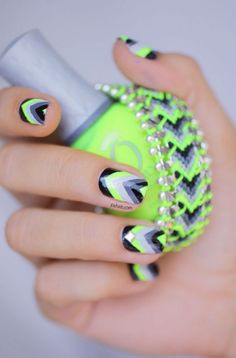 20 Color Block Nail Designs for Beginners - Pretty Designs Neon Nails, Love Nails, Pretty Nails, Crazy Nails, Chevron Nail Art, Black Chevron, Neon Nail Designs, Nails Design, Color Block Nails