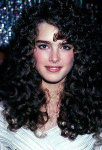 Brooke Shields medium curls hairstyle