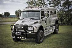 Mb Truck, Cool Trucks, Chevy Trucks, Pickup Trucks, Customised Trucks, Custom Trucks, Hummer Truck, Hors Route, Medium Duty Trucks