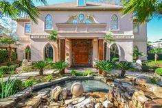One of Shreveport, Louisiana's finest properties. Coldwell Banker Gosslee