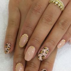 Loving round nails right now!!!