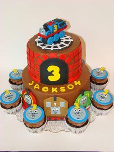 Thomas the Train Cake and Cupcakes even has jacksons name Thomas The Train Birthday Party, Trains Birthday Party, Boy Birthday Parties, Train Party, 4th Birthday, Birthday Cakes, Birthday Ideas, Cupcakes, Cupcake Cakes