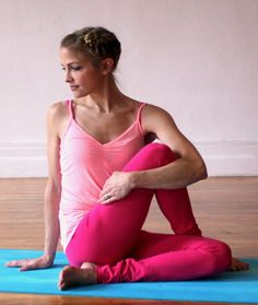 Yoga Poses to Detox Naturally
