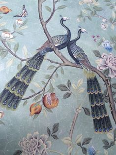 St. Laurent wallpaper detail // de Gournay // simplified bee #wallpaper