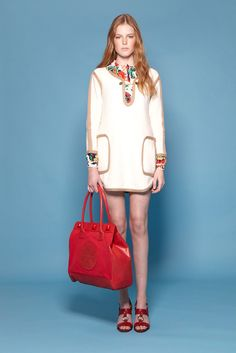 See the complete Tory Burch Resort 2012 collection.