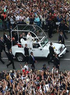 El Papa, aclamado en su paso por el Central Park sept 2015