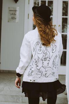 Customised Denim Jacket, Painted Denim Jacket, Custom Clothes, Diy Clothes, Painted Clothes, Stretch Denim, Jackets For Women, Fabric Painting, My Style