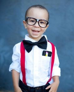 I love this easy nerd costume!  What a great idea for a last minute costume!  #Halloween #diy #costume