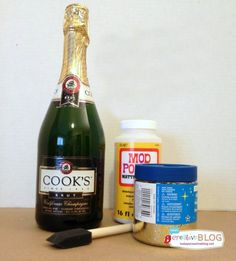 How to Make Glittered Champagne Bottles with this easy tutorial. Easy New Year's Eve Decor. Glitter Champagne Bottles, Bling Bottles, Liquor Bottle Crafts, Liquor Bottles, Juice Bottles, Rustic Wedding Centerpieces, Wedding Decor, Wedding Ideas, Wedding Stuff