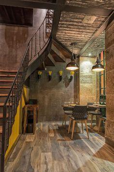 Lisbon Restaurant Features Eclectic Cuisine, Design - http://freshome.com/eclectic-restaurant-lisbon/