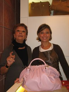 Sirni in Rome--Beautiful Family Run Business creates gorgeous bags and also does custom work == www.sirinpelletteria.it