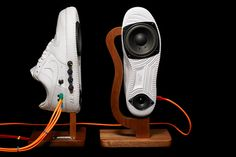 Say Hello To The Nike Air Force 1 Sneaker Speakers From Alex Nash - Geeky Gadgets — Designspiration Nike Air Force, Air Force 1, Nike Air Max, Homemade Speakers, Diy Speakers, Wooden Speakers, Music Speakers, Speaker Wire, Nike Free 5.0