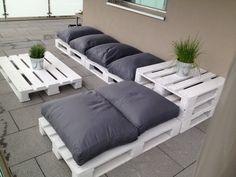 Design pallets furniture for my terrace made with EUR pallets. Terrasse design fabriquer avec des palettes européenne. Idea sent by Castella Remi !….