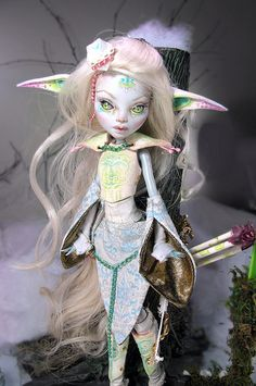 Akimbra TrueShot custom Monster high by NickiiRose on DeviantArt Monster High Clothes, Custom Monster High Dolls, Monster High Repaint, Custom Dolls, L Elf, Ever After Dolls, Cool Monsters, Gothic Dolls, Doll Painting