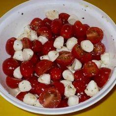 Caprese Salad, Fruit Salad, Bologna, Penne, Bruschetta, Mozzarella, Food, Fitness, Fruit Salads