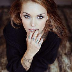 Arabella has perfect eye makeup http://suicidegirls.com/join