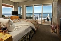#8 Channel Watch Suite: A beautiful suite overlooking the bay #hotel