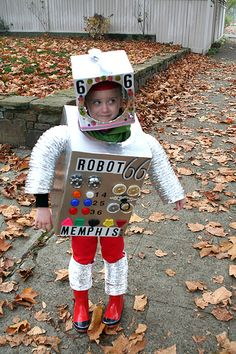 Robot 6 6 aka Memphis by Look What I Can Do, via Flickr
