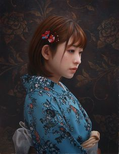 Yasutomo Oka is a talented Japanese artist; he creates incredibly beautiful photorealistic portraits of Japanese women. William Adolphe Bouguereau, L'art Du Portrait, Hyper Realistic Paintings, John William Waterhouse, China Art, Photorealism, Japanese Artists, Light Painting, Figure Painting