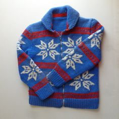 50's Cowichan Sweater - 1950's Hand Knit Snowflake Ski Sweater - Vintage Heavy Wool Sweater in Red White and Blue