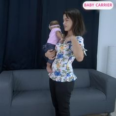 Trendy One Strap Baby Carrier Easy choice parents. No more annoying and uncomfortable straps all over your body. One super comfortable strap around your waist, and a high-quality pad to support your baby's weight. Baby Baby Baby Oh, Baby Kids, Baby Position, Kangaroo Baby, Baby Life Hacks, Ergonomic Baby Carrier, Baby Girl Patterns, Baby Wraps, Everything Baby