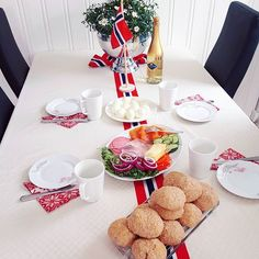 17mai frokost  gratulere me dagen!    #happybirthday #norway #17mai #frokost #breakfast #champagne #gratulerermeddagen Norway National Day, Ski Doo, Champagne Breakfast, Constitution Day, Norwegian Food, Public Holidays, Happy Birthday, Eat, Instagram Posts