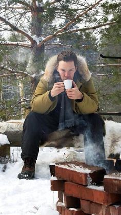 i heard Benedict say on an interview that he liked both tea and coffee but was more of a coffee person.jf