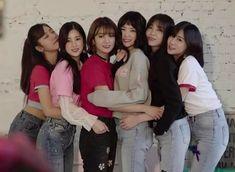 Member Astro, Eunji Apink, Pink Panda, Eun Ji, Sistar, Seolhyun, G Friend, Love And Respect, Do You Remember
