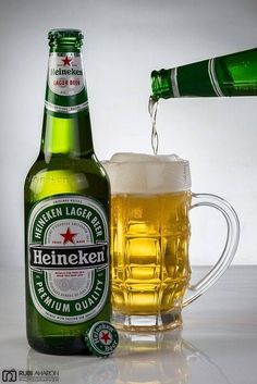 Heineken is the best beer ever!and is the only beer I will drink. All Beer, Wine And Beer, Best Beer, Billard Bar, Whisky, Fun Drinks, Alcoholic Drinks, Beers Of The World, Lager Beer