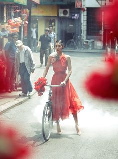 red, pretty girl, bunch of flowers,  bike & pretty frock what more could you aspire for a beautiful sunny Melbourne afternoon
