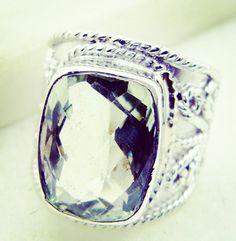 #lmfao #bathroom #vietnam #klosetbag #baywatch #giftidea #BigBanRing #ring #silver #gemstone #jewellery
