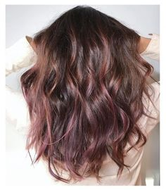 Trends 2018 - Gold Rose Hair Color : Picture Description When rose gold and rich brunette cross-pollinate, the results are undeniably gorgeous. Hair Day, New Hair, Chocolate Mauve Hair, Chocolate Brown, Chocolate Color, Chocolate Malva, Cabelo Rose Gold, Rose Gold Baylage, Brown Hair Rose Gold Highlights