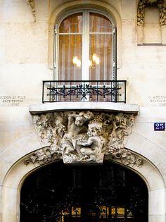 | ♕ |  Maison à Rue Henri Monnier - 9e Paris  | by © Audrey | via ysvoice